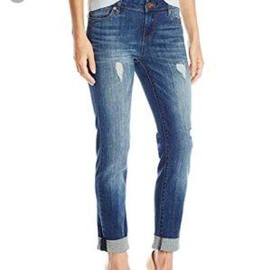 KUT Catherine Boyfriend Jeans in Allowing Wash